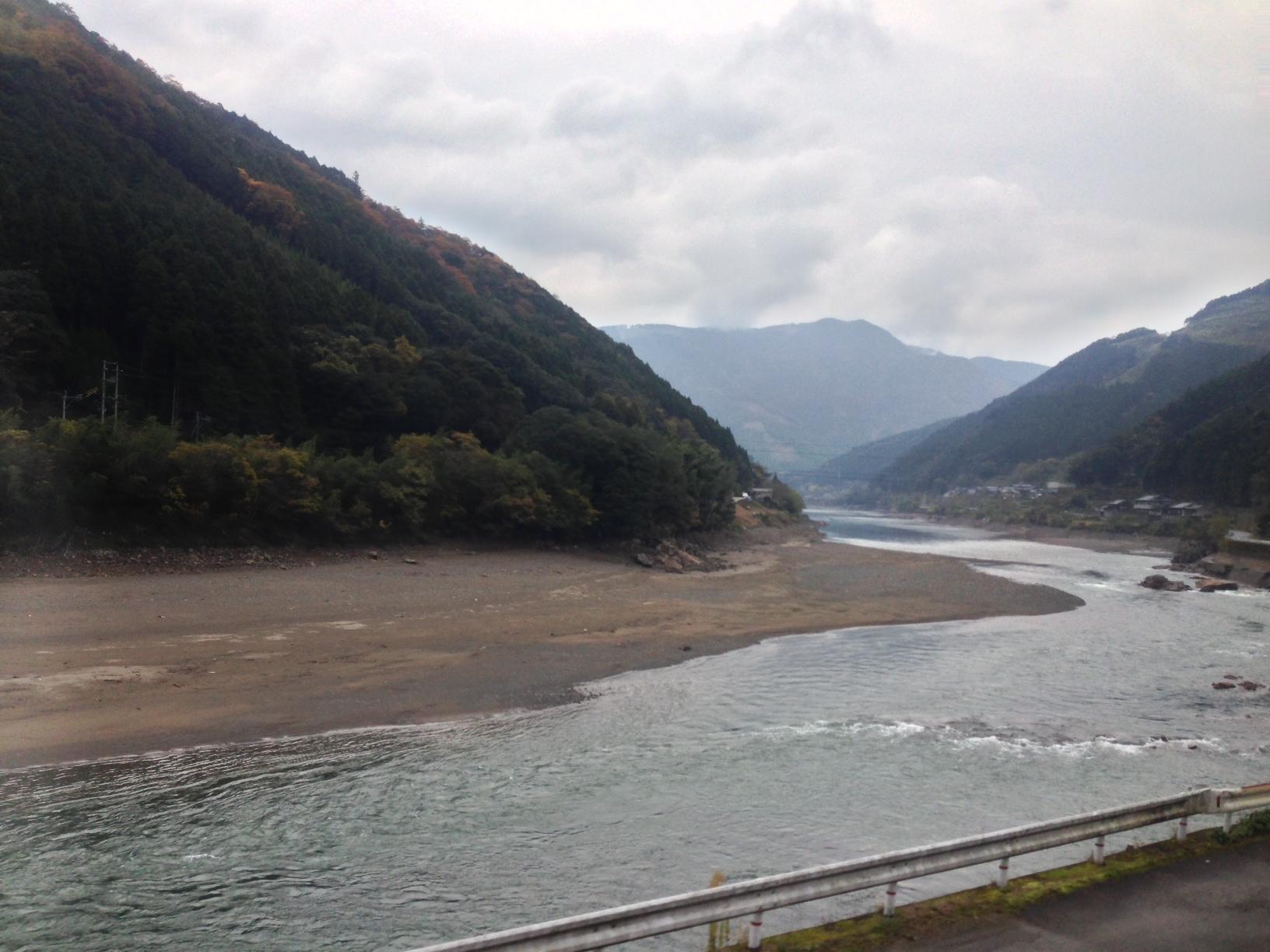 kumagawa4.JPG
